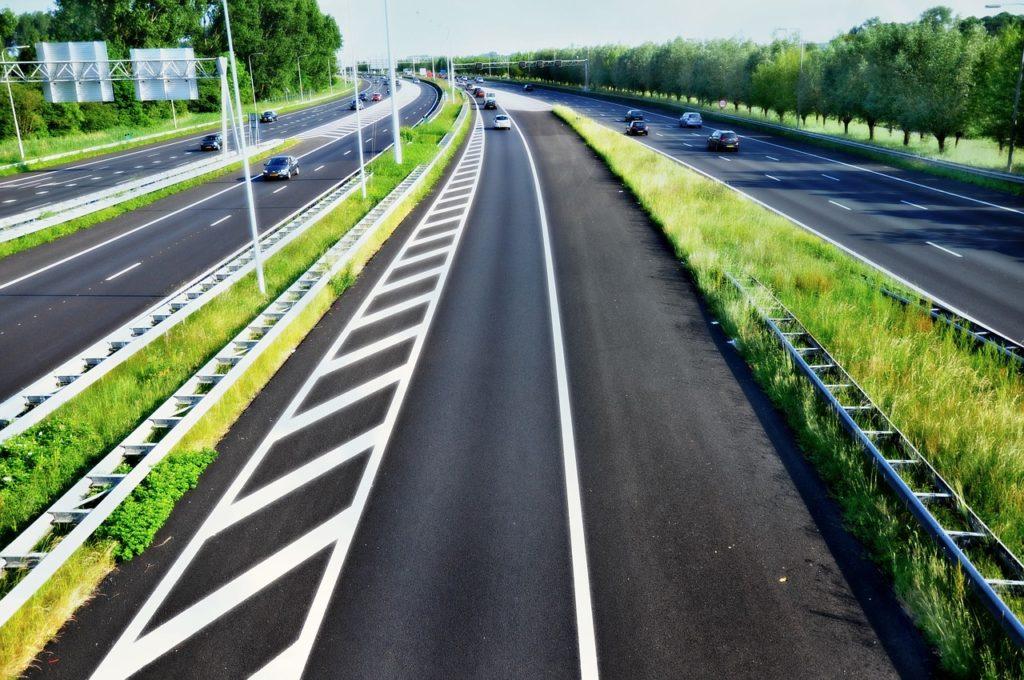 Grünstreifen Autobahn