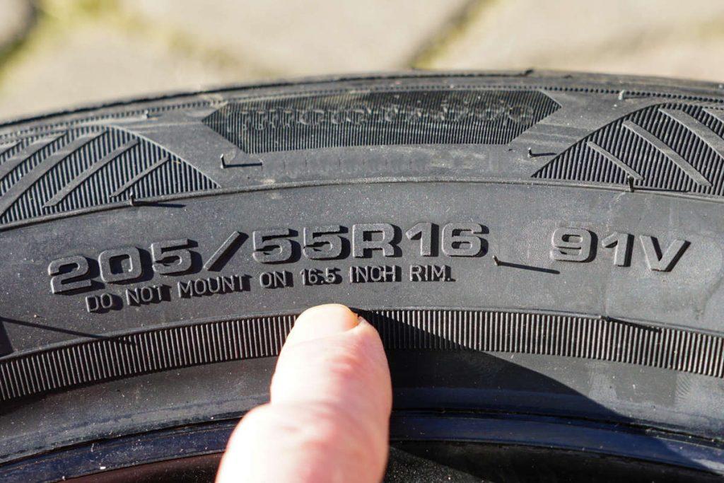 Autoreifen - Reifenbezeichnungen